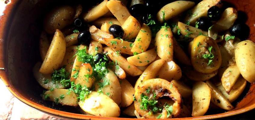 Patates fournou: Ovnsbakte poteter på gresk vis
