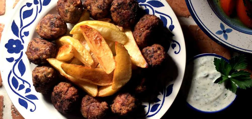 Keftedes: Smakfulle greske kjøttboller