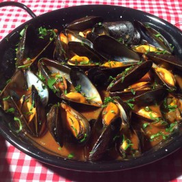 Mejillones a la marinera: Herlige, spanske blåskjell