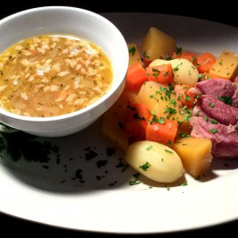 Saltkjöt og baunir: Islandsk festgryte med salt lammekjøtt