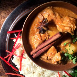 Kaeng massaman: Thaicurry med indiske røtter