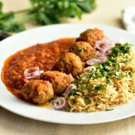 Kofte pilaff: Afghansk krydderris med kjøttkaker