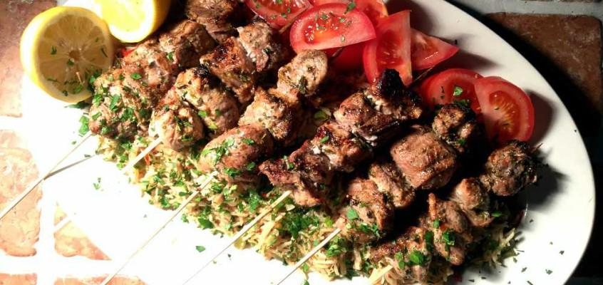 Suvlaki: Greske grillspyd