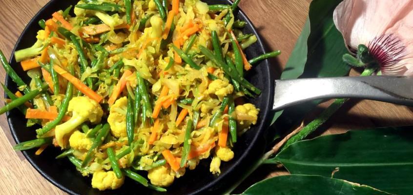 Achards de légumes créole: Grønnsaksblanding fra Indiahavet