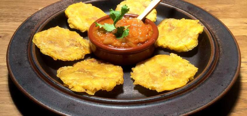 Patacones: Fritert kokebanan fra tropisk Latin-Amerika
