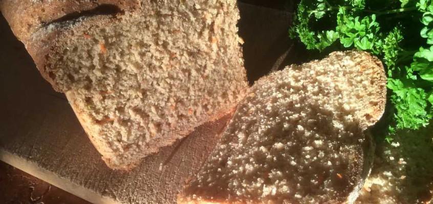 Kvannkaku: Fjellbrød med kvann og gulrot