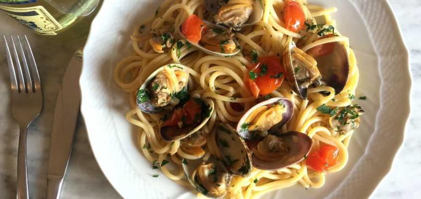 Spaghetti alle vongole: Pastaklassikeren med ekte muslinger